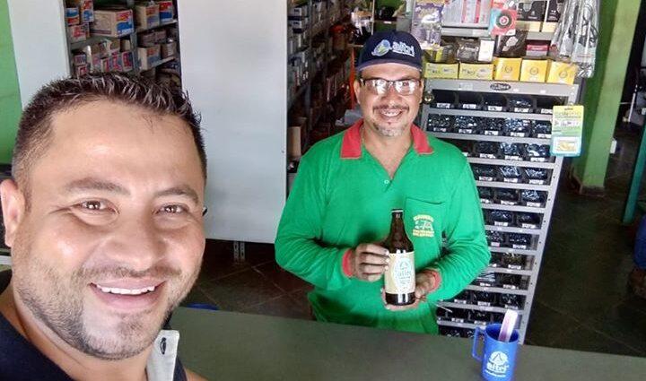 Entrega de brindes na empresa ARILDES PEREIRA